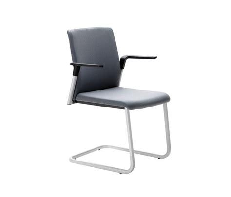 silla plural plural sillas de visita de forma 5 architonic