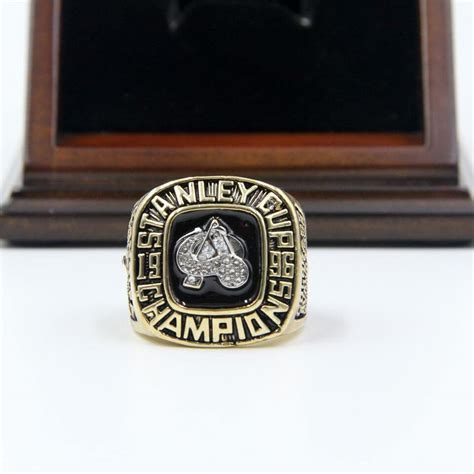 Ring Stand Football Club 3 nhl 1996 colorado avalanche stanley cup chionship replica ring