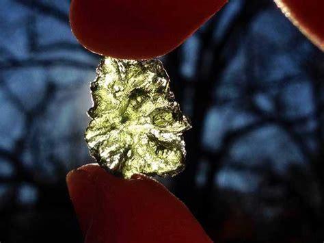 Moldavite 1 39 Gram besednice moldavite republic 1 7 grams moldavite