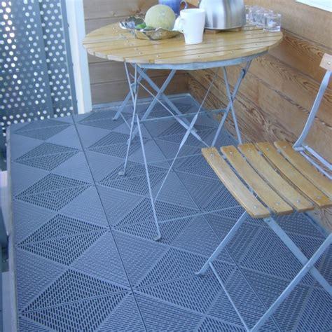 Balkon Farbe Boden by Bodenbelag F 252 R Balkon 20 Tolle Beispiele Archzine Net