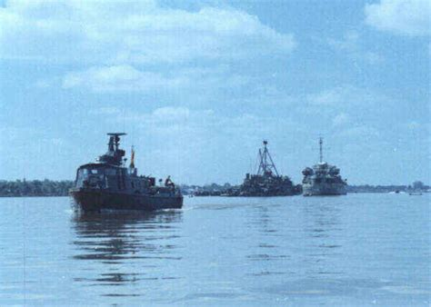 boat dock song the swift boats of the brownwater navy in vietnam