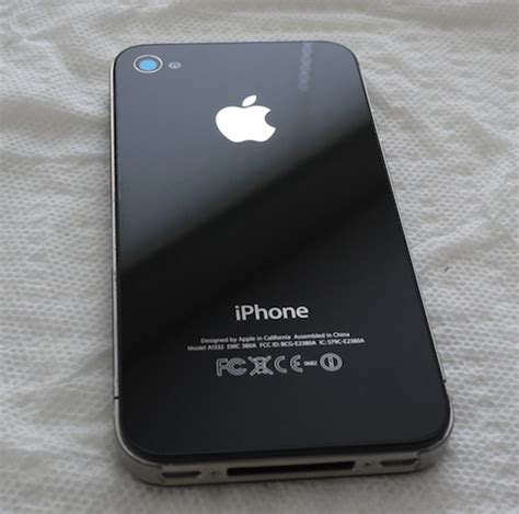 Apple Iphone 4s Back Glass apple stores can replace your iphone 4 back glass panel
