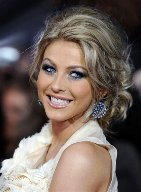 how to the famous julianne hough updo messy wedding updo in the event i get hitched