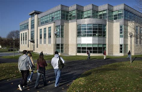 Umass Boston Mba Ranking by Of Massachusetts Amherst Isenberg School Of