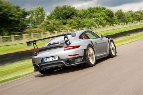 Porsche 991 Gt2 Rs by Everything You Need To Know About The Porsche 911 Gt2 Rs Evo