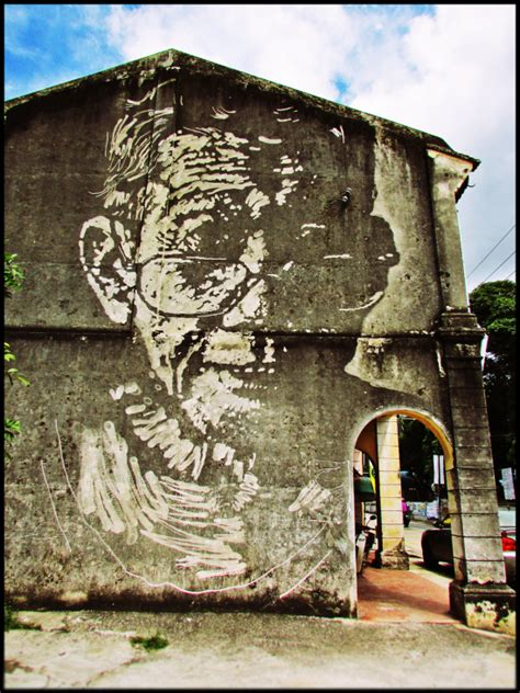 penang street art bullfrogs symposium ernest zacharevic s murals perspective of penang