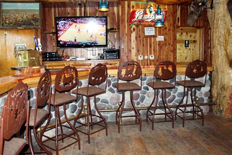 Outdoor Pub Style Patio Furniture Rustic Bar Stools And Furniture