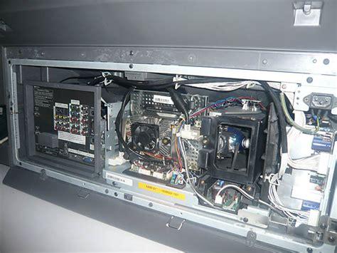 Samsung Hl S5687w L by I A Samsung Hl S5687w Rear Projection Tv On