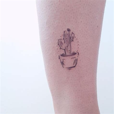 tasteful small tattoos best 25 small designs ideas on