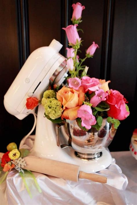 kitchen themed bridal shower ideas 25 best ideas about retro on 1950s