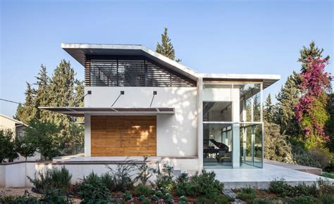 house in traditional and modern styles digsdigs modern house with japanese aesthetic on the jerusalem