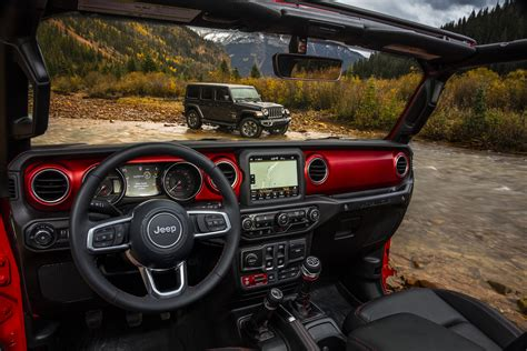 new jeep truck interior 2018 jeep wrangler jl interior detailed in new photos