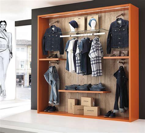 arredo negozi abbigliamento arredamenti e attrezzature per negozi di abbigliamento