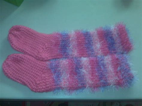 loom knitting slippers loom knitting slipper socks azombiefarmer