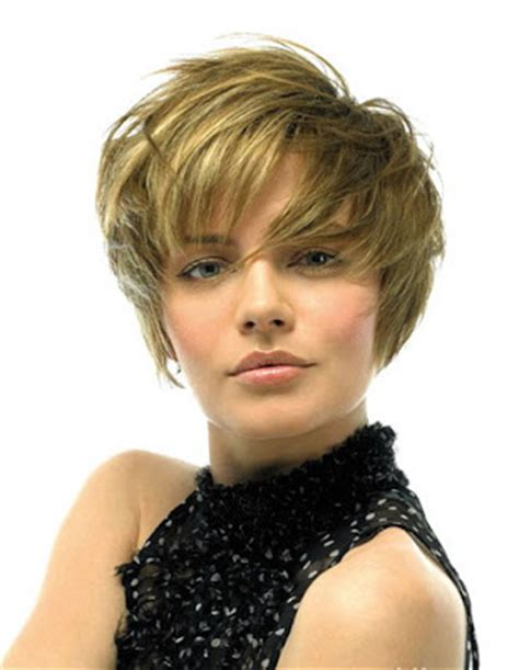 short haircuts with crown volume 2011 hairstyles pictures april 2009