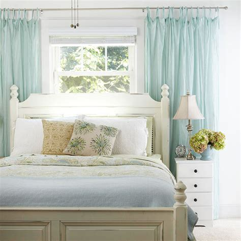 how to hang bedroom curtains ten things to hang above the bed centsational girl