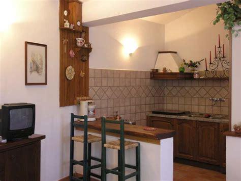 esempi arredamento soggiorno con angolo cottura soggiorno angolo cottura arredamento 2 top cucina leroy