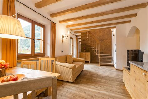One Bedroom One Bathroom Apartments Mansarde St Mauritzien V Appartments In The Ahrntal