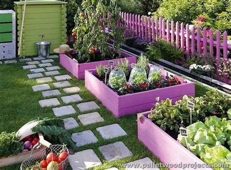 Pallet Garden Decor Ideas For Garden And Balcony Decor With Pallets Pallet Wood Projects