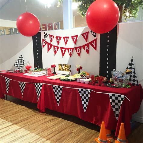 cars themed birthday ideas cars party table decor disney cars theme pinterest