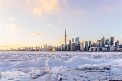 learn  visiting canada  winter