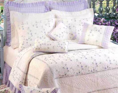 Lavendar Quilt by Lavender Trellis Quilt