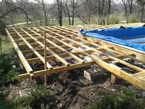 terrasse bauen holz hochterrasse bauen garten holz terrasse