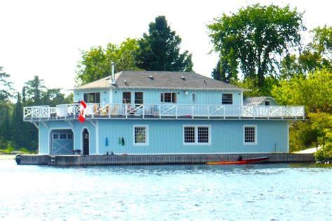 house boat kenora big blue boathouse private island kenora vrbo