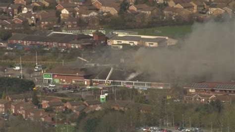 luton superstore fire  started accidentally anglia