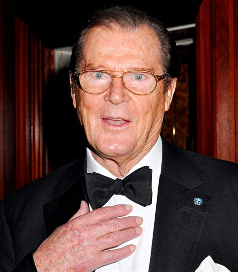 roger moore roger moore returns to big screen with the quiet man