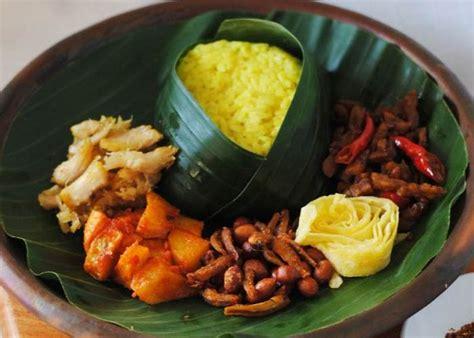 cara membuat nasi kuning agar harum resep cara membuat yuk coba 4 resep nasi kuning andalan untuk keluarga anda