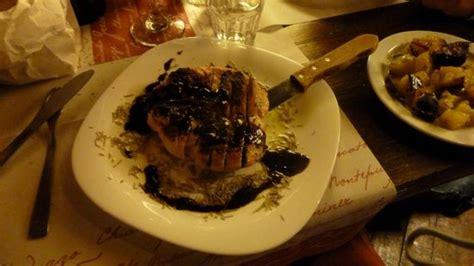 santa delle mole tagliata di pollo aromatizzata al rosmarino ed aceto