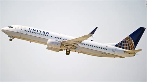 united airlines stock united draws twitter ire over dress code cnn video