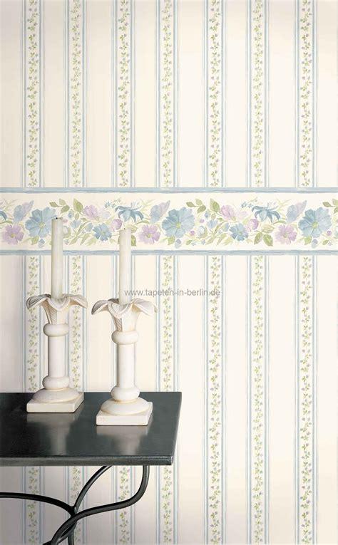 tapeten landhausstil wohnzimmer blumen tapeten 5 landhausstil florale u streifen tapete