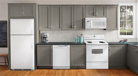 Transform White Kitchen Cabinets With White Appliances White Kitchen Cabinets White Appliances