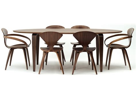 elliptical dining table buy the cherner dining table oval at nest co uk