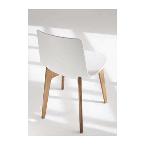 chaise designer chaise design en polypropyl 232 ne lottus pieds bois enea