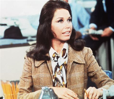 amazon com the mary tyler moore show the complete the making of the mary tyler moore show how the late