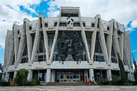 stunning communist architecture the brutalism of new brutalist but beautiful 12 spacey sci fi soviet