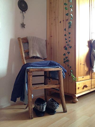 platzsparende betten für kleine räume moderne tapeten