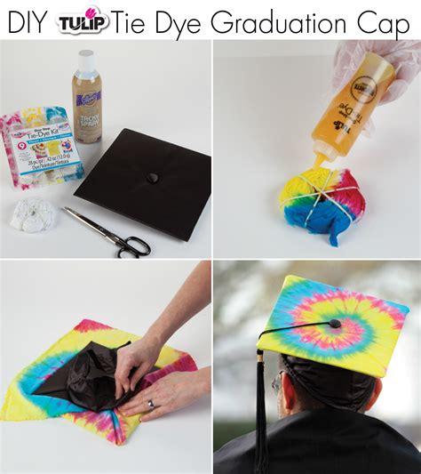 How To Make A Paper Graduation Cap - diy grad caps with tulip ilovetocreate