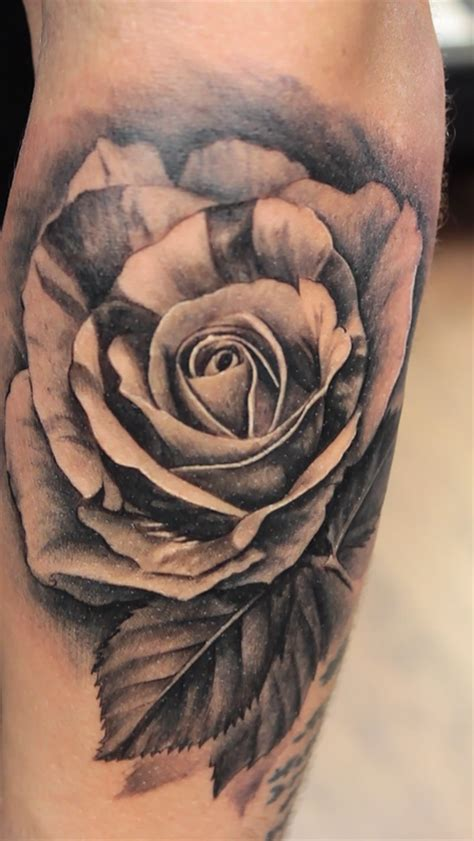 best rose tattoo artist age studio stand alone tattoos page 1