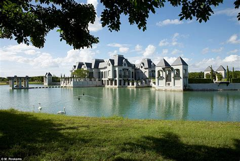 house with moat live like medieval royalty florida mansion comes with own