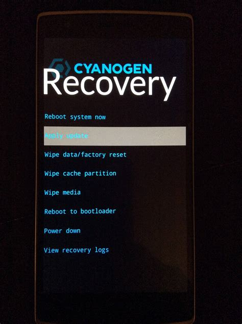 one modes device reboots into recovery after cyanogenmod