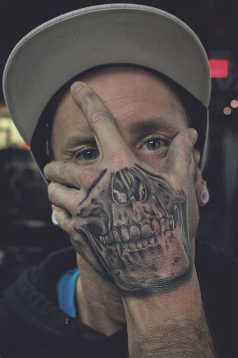 tattoo hand skull 1000 ideas about skull hand tattoo on pinterest skull