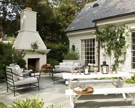 Cool Outdoor Fireplaces by Cool Outdoor Fireplace By Pansy Backyard Redo
