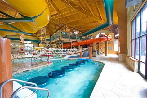 great wolf lodge wisconsin dells rooms splash into with foss swim school great wolf