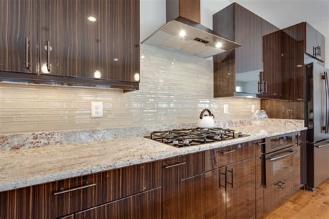 Kitchens With Backsplash Here Are Some Kitchen Backsplash Ideas That Will Enhance The Visual Of Your Kitchen Midcityeast