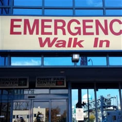 jamaica hospital emergency room number jamaica hospital 23 photos 35 reviews hospitals 8900 wyck expy richmond hill
