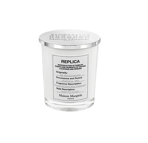 maison margiela by the fireplace candle the best holiday candles of 2017 people